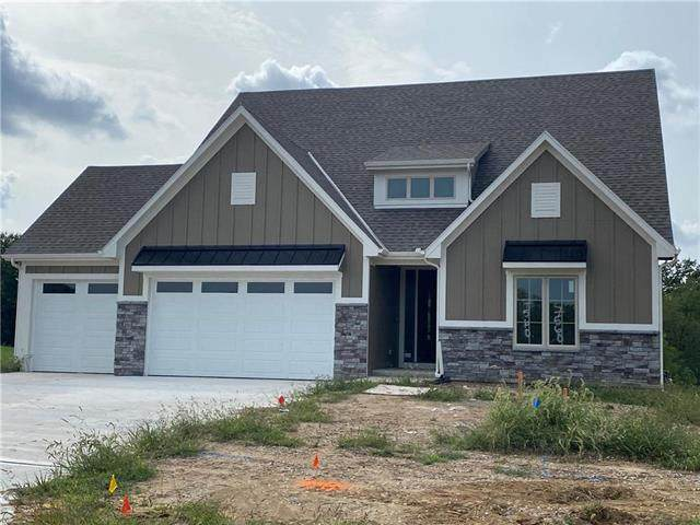 7560 N Amity Street, Parkville, MO 64152 (#2225257) :: Jessup Homes Real Estate | RE/MAX Infinity