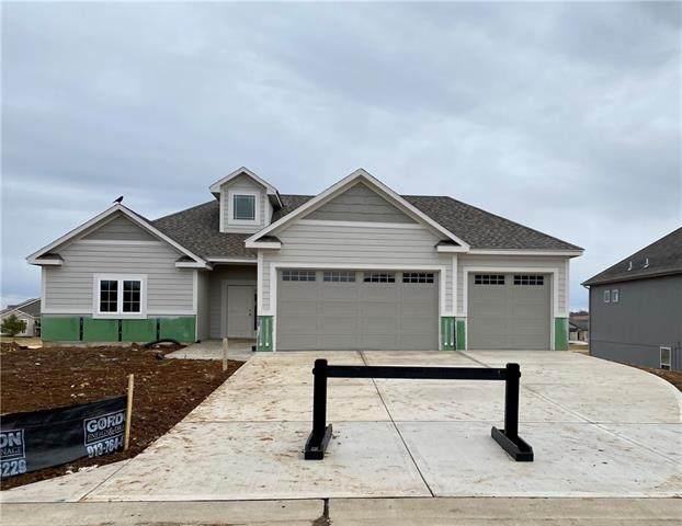6611 Mccormick Drive, Shawnee, KS 66226 (#2225265) :: Eric Craig Real Estate Team