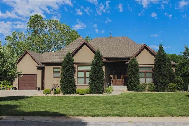 1002 Country Terrace Circle, Butler, MO 64730 (#2225475) :: The Gunselman Team