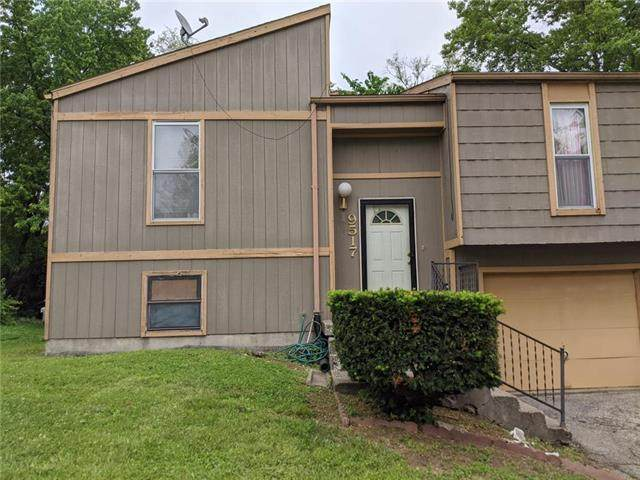 9517 Manning Avenue, Kansas City, MO 64134 (#2225694) :: Team Real Estate