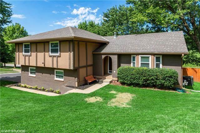 13440 W 70 Terrace, Shawnee, KS 66216 (#2225719) :: The Shannon Lyon Group - ReeceNichols