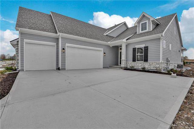 13300 W 174th Place, Overland Park, KS 66221 (#2225762) :: House of Couse Group