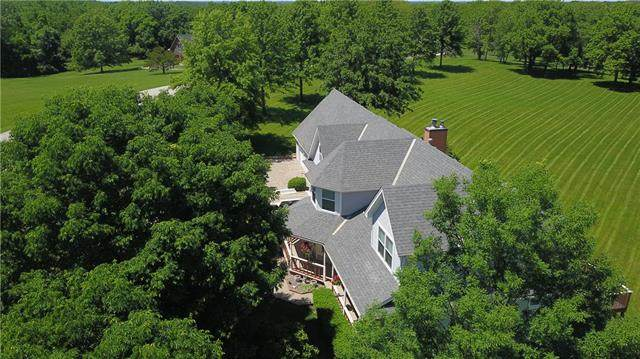 5424 Century Drive, Smithville, MO 64089 (#2225819) :: Edie Waters Network