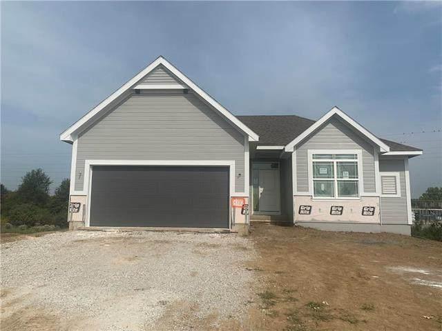 8710 NE 103rd Terrace, Kansas City, MO 64157 (#2228176) :: Jessup Homes Real Estate | RE/MAX Infinity