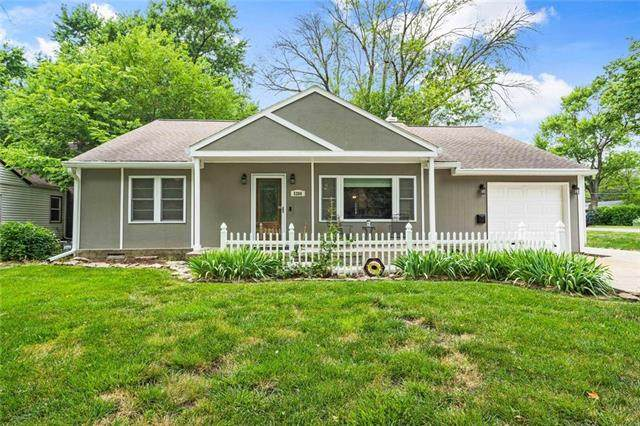 5200 Halsey Street, Shawnee, KS 66216 (#2228524) :: Team Real Estate