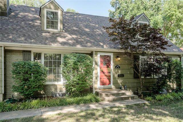 7753 Reeds Road, Prairie Village, KS 66208 (#2228631) :: House of Couse Group