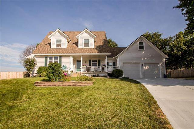 1628 NE Thames Drive, Lee's Summit, MO 64086 (#2229356) :: House of Couse Group