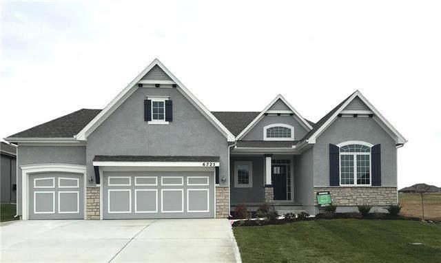 6725 Arapahoe Drive, Shawnee, KS 66226 (#2229457) :: House of Couse Group