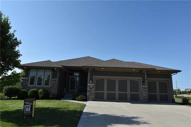 1220 Becket Court, Raymore, MO 64083 (#2230281) :: Eric Craig Real Estate Team