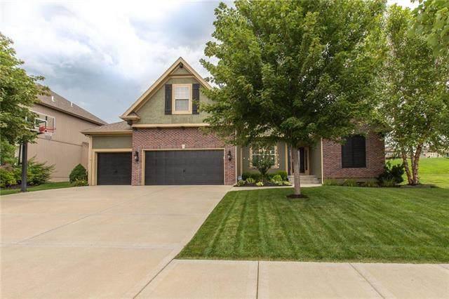 9411 N Farley Court, Kansas City, MO 64157 (#2230579) :: Jessup Homes Real Estate | RE/MAX Infinity