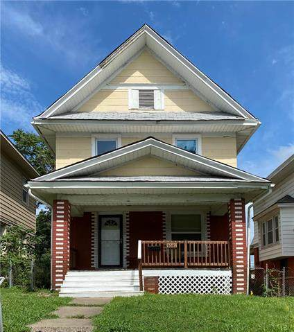 3041 College Avenue, Kansas City, MO 64128 (#2230905) :: Jessup Homes Real Estate | RE/MAX Infinity