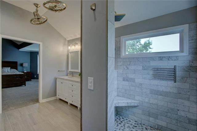 19635 W 97th Street, Lenexa, KS 66220 (#2230945) :: House of Couse Group