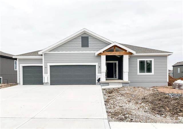 2930 SW Arbor Tree Drive, Lee's Summit, MO 64082 (#2231245) :: Dani Beyer Real Estate