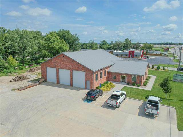 15820 E Us 24 Highway, Independence, MO 64050 (#2231749) :: Ron Henderson & Associates