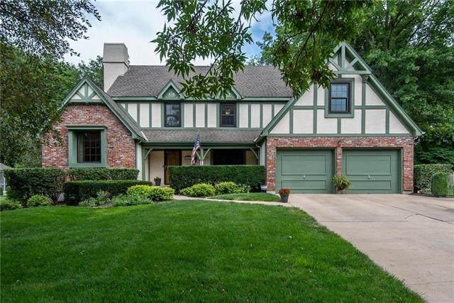 12913 El Monte Street, Leawood, KS 66209 (#2232311) :: Austin Home Team