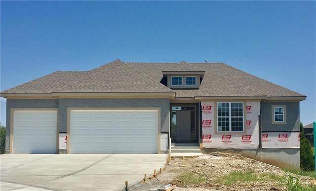 25262 W 83rd Terrace, Lenexa, KS 66227 (#2233421) :: Five-Star Homes