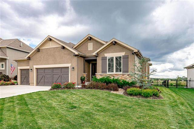 16611 S Loiret Street, Olathe, KS 66062 (#2233679) :: Kedish Realty Group at Keller Williams Realty