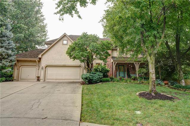13045 Catalina Drive, Leawood, KS 66209 (#2233974) :: Ask Cathy Marketing Group, LLC