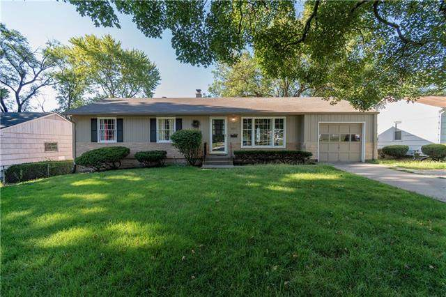 6517 W 62nd Street, Mission, KS 66202 (#2234167) :: Jessup Homes Real Estate | RE/MAX Infinity