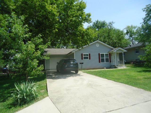 715 S Burke Street, Fort Scott, KS 66701 (#2234647) :: Five-Star Homes