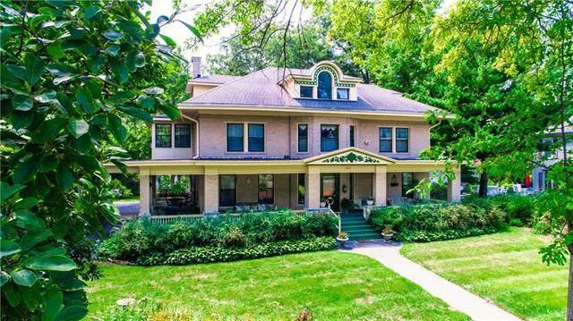 2808 Frederick Avenue, St Joseph, MO 64506 (#2234966) :: Eric Craig Real Estate Team