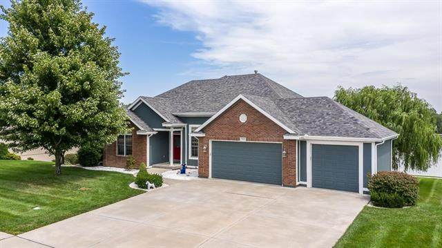 15023 Lakeview Drive, Basehor, KS 66007 (#2235317) :: Ask Cathy Marketing Group, LLC