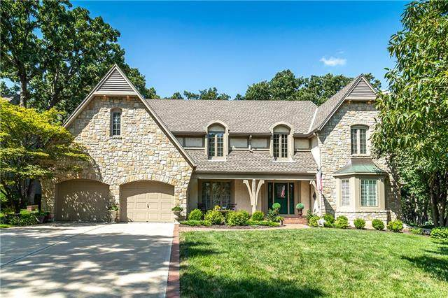 11008 Delmar Street, Leawood, KS 66211 (#2235456) :: Jessup Homes Real Estate | RE/MAX Infinity