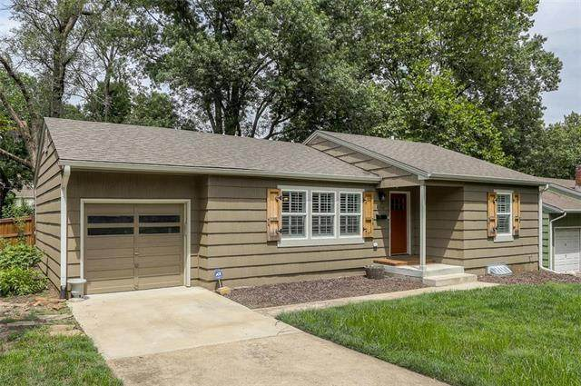 4704 W 76th Street, Prairie Village, KS 66208 (#2235509) :: Jessup Homes Real Estate | RE/MAX Infinity