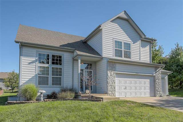 2104 W Sheridan Street, Olathe, KS 66061 (#2235538) :: Jessup Homes Real Estate | RE/MAX Infinity