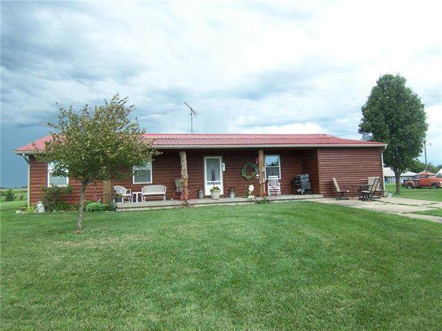 2406 W 800 Road, Blue Mound, KS 66010 (#2235923) :: The Gunselman Team