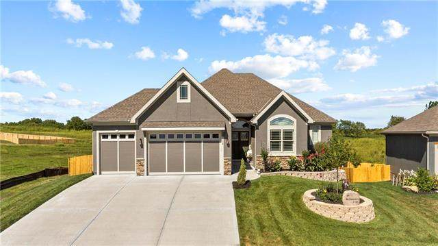 2116 Victory Lane, Kearney, MO 64060 (#2237182) :: Jessup Homes Real Estate | RE/MAX Infinity