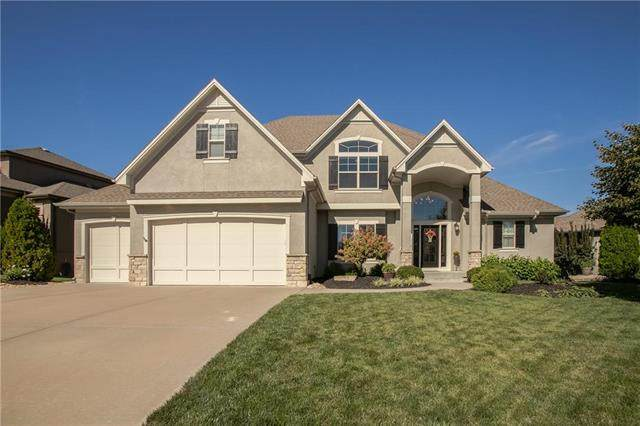 1708 NE Woodland Shores Court, Lee's Summit, MO 64086 (#2238320) :: Jessup Homes Real Estate | RE/MAX Infinity