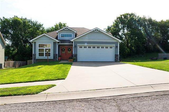 6211 Meadow View Drive, St Joseph, MO 64504 (#2238646) :: Jessup Homes Real Estate | RE/MAX Infinity