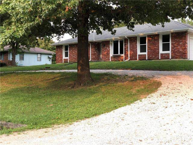 361 NE 51 Road, Warrensburg, MO 64093 (#2238721) :: Ron Henderson & Associates