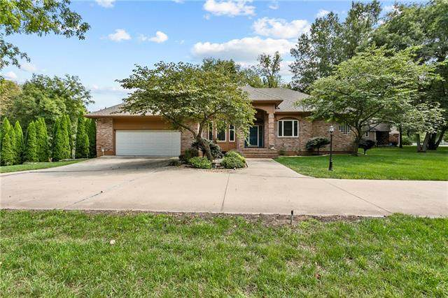 3415 S Pink Hill Circle, Blue Springs, MO 64015 (#2239163) :: Jessup Homes Real Estate | RE/MAX Infinity