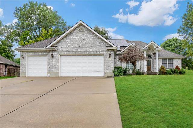 3810 S Bryant Drive, Independence, MO 64055 (#2240334) :: Five-Star Homes