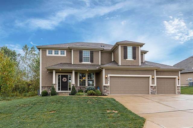 3541 N 110th Terrace, Kansas City, KS 66109 (#2240359) :: Ron Henderson & Associates