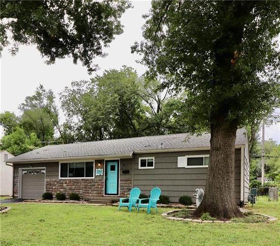 7715 Nall Avenue, Prairie Village, KS 66208 (#2240673) :: The Gunselman Team