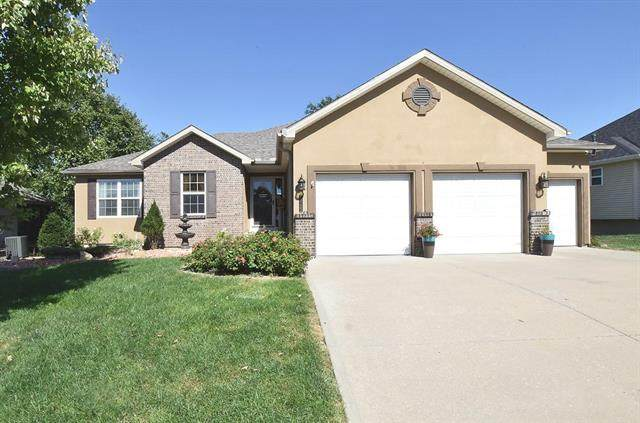 13125 NW Hawthorne Drive, Platte City, MO 64079 (#2240700) :: Jessup Homes Real Estate | RE/MAX Infinity