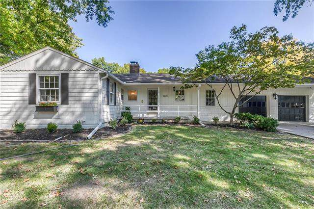 4648 W 72nd Terrace, Prairie Village, KS 66208 (#2240809) :: House of Couse Group