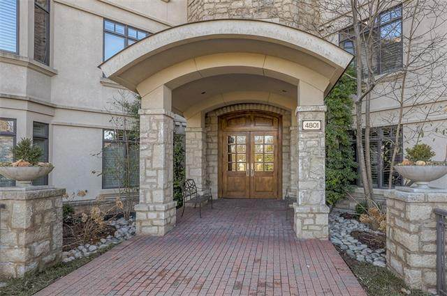 4801 W 133rd Street #101, Leawood, KS 66209 (#2241016) :: Five-Star Homes