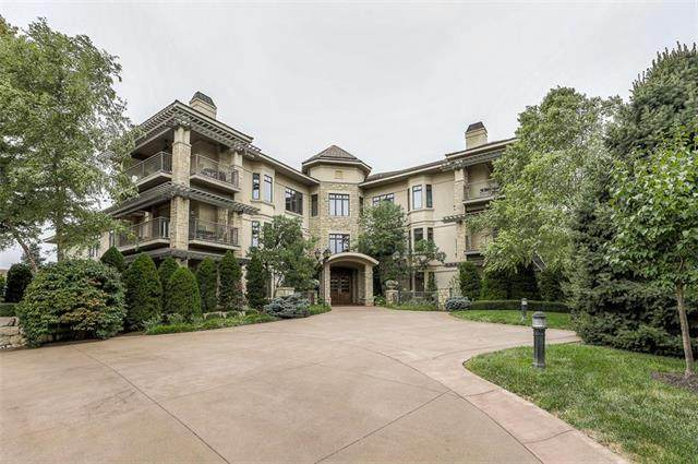 4801 W 133rd Street #101, Leawood, KS 66209 (#2241016) :: The Kedish Group at Keller Williams Realty