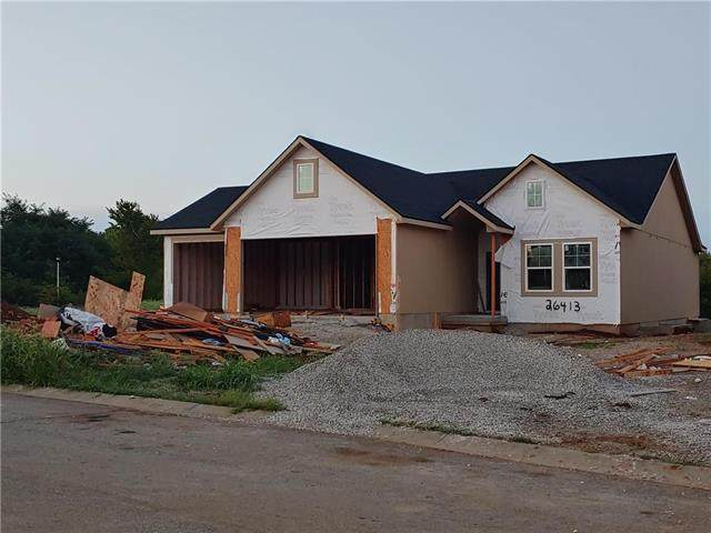 26413 W 145th Terrace, Olathe, KS 66061 (#2241018) :: Jessup Homes Real Estate | RE/MAX Infinity