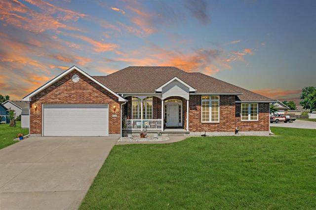 707 Opera House Lane, Odessa, MO 64076 (#2241507) :: Jessup Homes Real Estate | RE/MAX Infinity