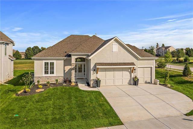 9209 Gander Street, Lenexa, KS 66227 (#2242476) :: Five-Star Homes