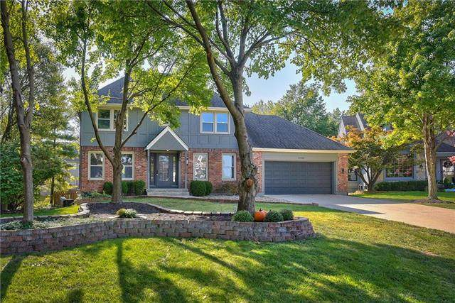 11325 Slater Street, Overland Park, KS 66210 (#2242477) :: Five-Star Homes