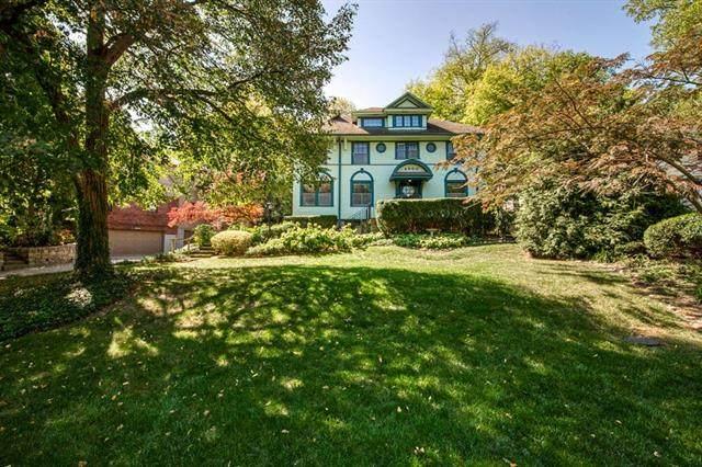 4960 Westwood Road, Kansas City, MO 64112 (#2243453) :: Ron Henderson & Associates