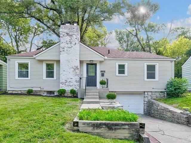8831 Maiden Lane, Kansas City, MO 64114 (#2243580) :: Jessup Homes Real Estate | RE/MAX Infinity