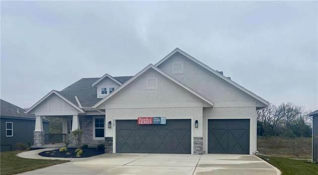 5907 Belmont Drive, Shawnee, KS 66226 (#2243745) :: The Shannon Lyon Group - ReeceNichols