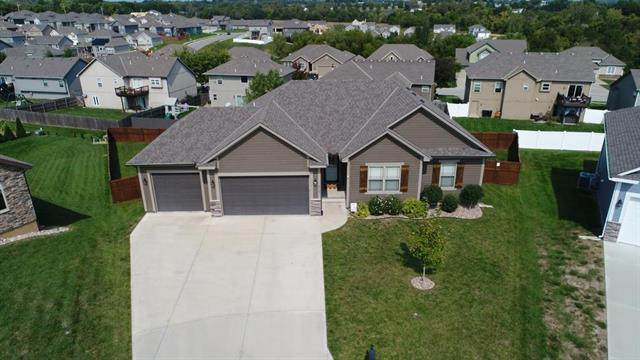 2113 NW Cherry Court, Grain Valley, MO 64029 (#2243998) :: Ask Cathy Marketing Group, LLC